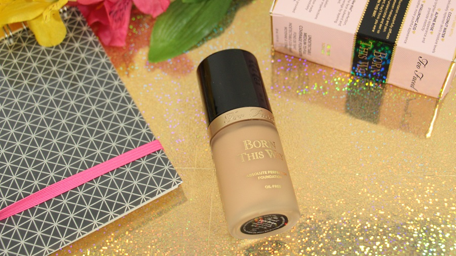 fond de teint too faced born this way review