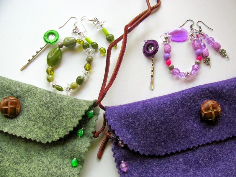Kids Craft: Hand-made Purse and Jewelry