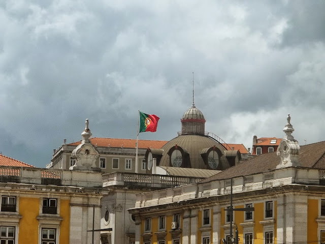 Portuguese flag in Lisbon on Semi-Charmed Kind of Life