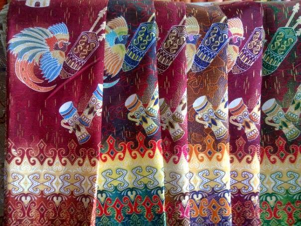 exotic island of papua aneka batik papua