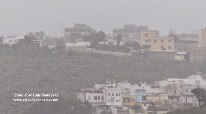 Intensa niebla, Las Palmas de Gran Canaria jueves, 17 diciembre