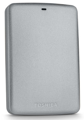 Toshiba-expande-línea-canvio-basics-nuevo-disco-duro-portátil-3TB