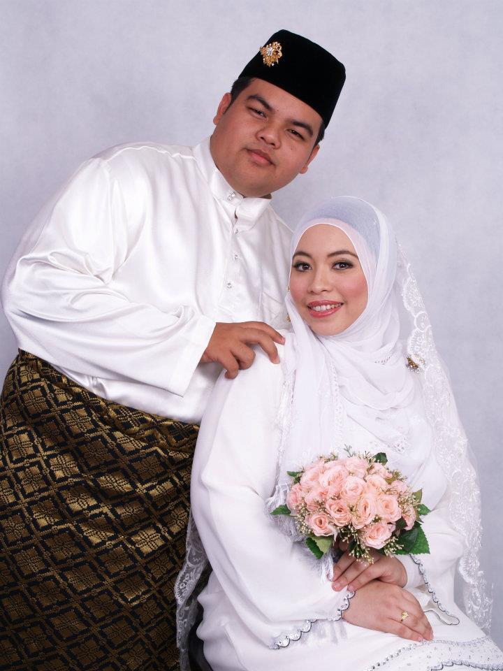 Happy 2nd Anniversary Umi Qi and Walid Qi!!!!!!!