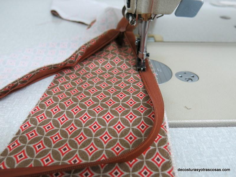 coser cremallera invisible a un vestido