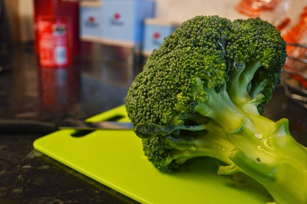 Preparing fresh broccoli