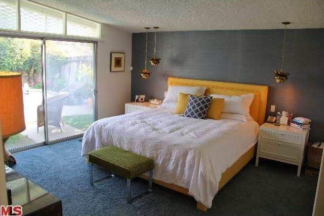 Edward fickett mid century modern home in sherman oaks hits the market celebrity home designs for Mid century modern master bedroom