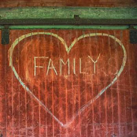 family heart graffiti