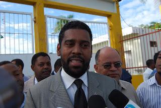 Matan de seis disparos hermano del abogado de Tonty Rutinel