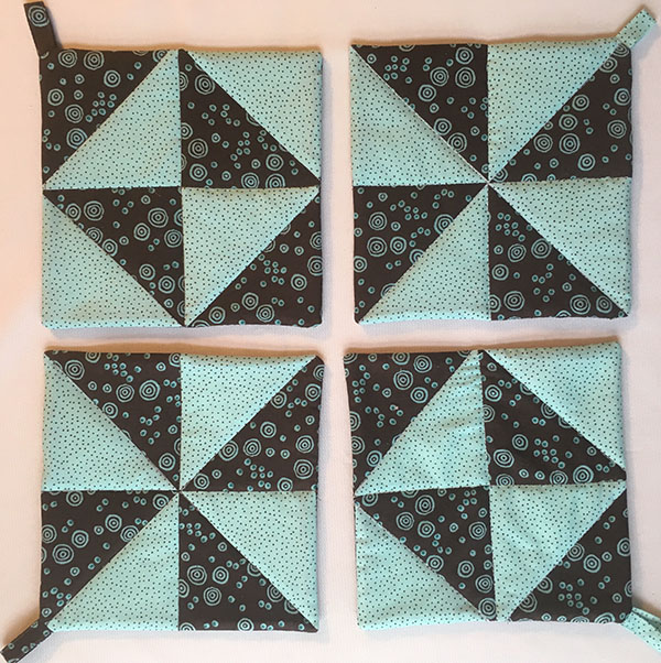 Half-Square Triangle Potholder Tutorial