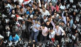 نشطاء يحتفلون بذكرى ''رفض التوريث'' بمنطقة الرصافة بالإسكندرية'