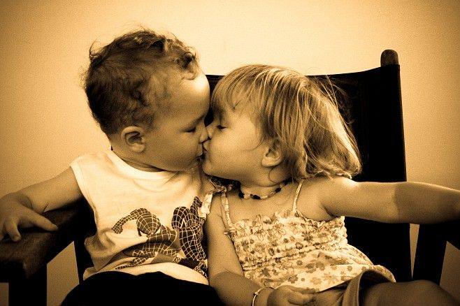 Cute Kids Kissing | All About Love