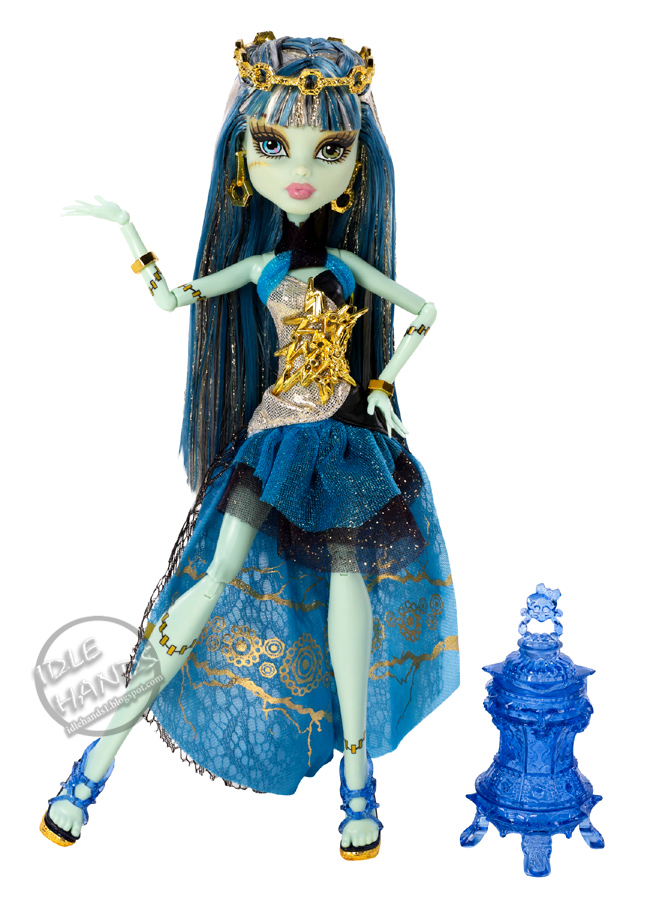Monster High Toys : Idle hands toy fair a monster high teaser
