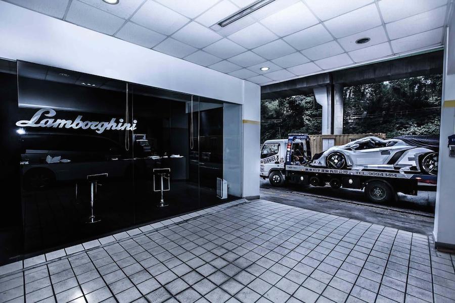 価格は4億円以上?世界に9台のランボルギーニ・ヴェネーノ・ロードスターが香港に。