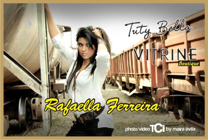 Rafaella Ferreira Top Modell