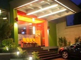 Hotel di Senayan Jakarta - Bamboo Inn Hotel & Cafe