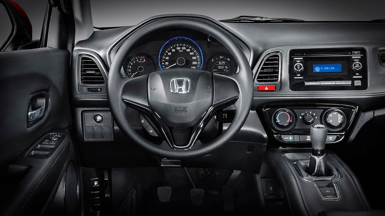 Honda hr v esgota e fila de espera chega a seis meses for Honda hr v interieur