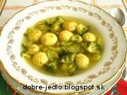 Brokolicová polievka so syrovými knedličkami - recept