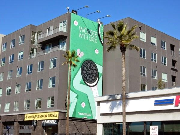 Wonder with Oreo Wonderfilled billboard