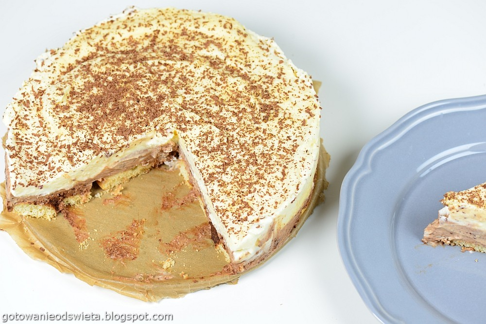 Deser z białej i ciemnej czekolady bez pieczenia