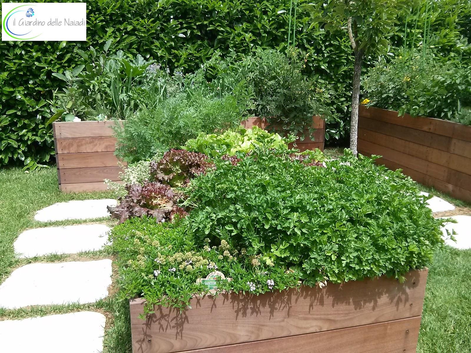 Il giardino delle naiadi un orto rialzato benessere a for Cassoni per orto rialzato