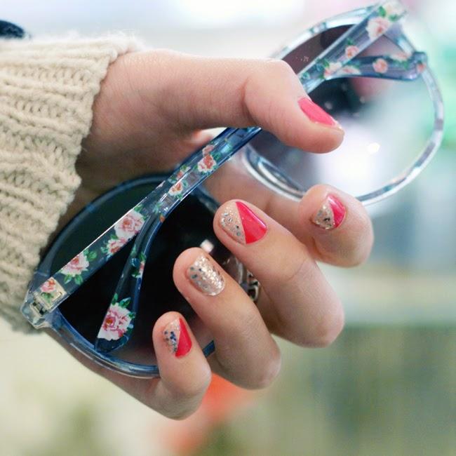 nail art, nail art tutorial, holiday glitter nails, holiday nail tutorial, holiday nail advise, favorite holiday nails, what nail color to wear for holiday, fashion blogger nail art, OPI nail polish, OPI pink nail polish, nails for new year, nails for party, silver glitter nails, best color for holiday