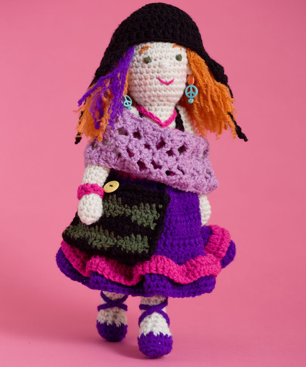 Annies Crochet Patterns : 2000 Free Amigurumi Patterns: Artistic Annie Doll Free Crochet Pattern
