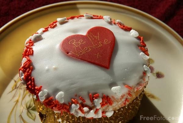 Round Heart Shaped Cake