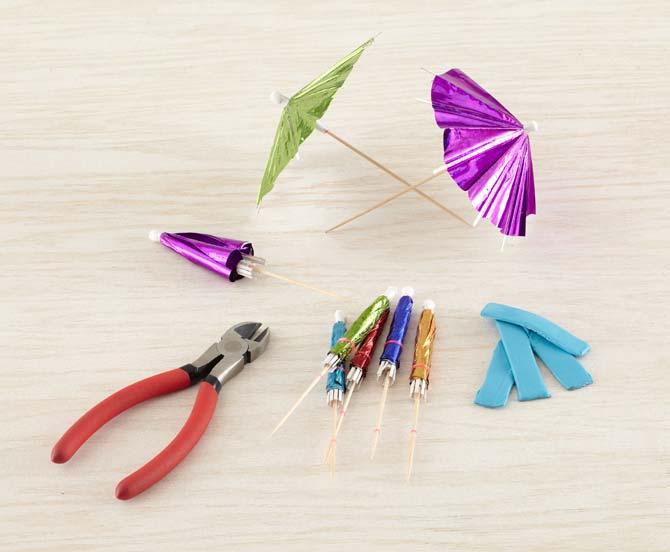 декор из коктейльных зонтиков