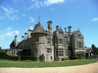 Tempat Wisata Di Inggris - The Beaulieu Palace House