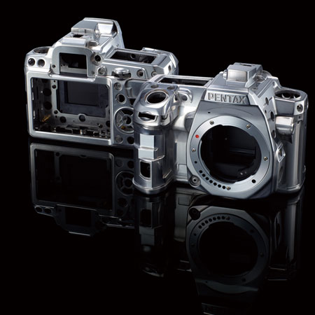 PENTAX K-3 Premium Silver Edition   2013 11