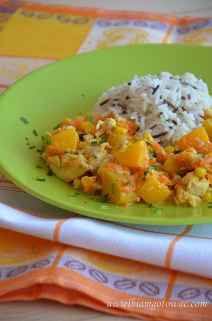 Kurczak z brzoskwinią i ryżem