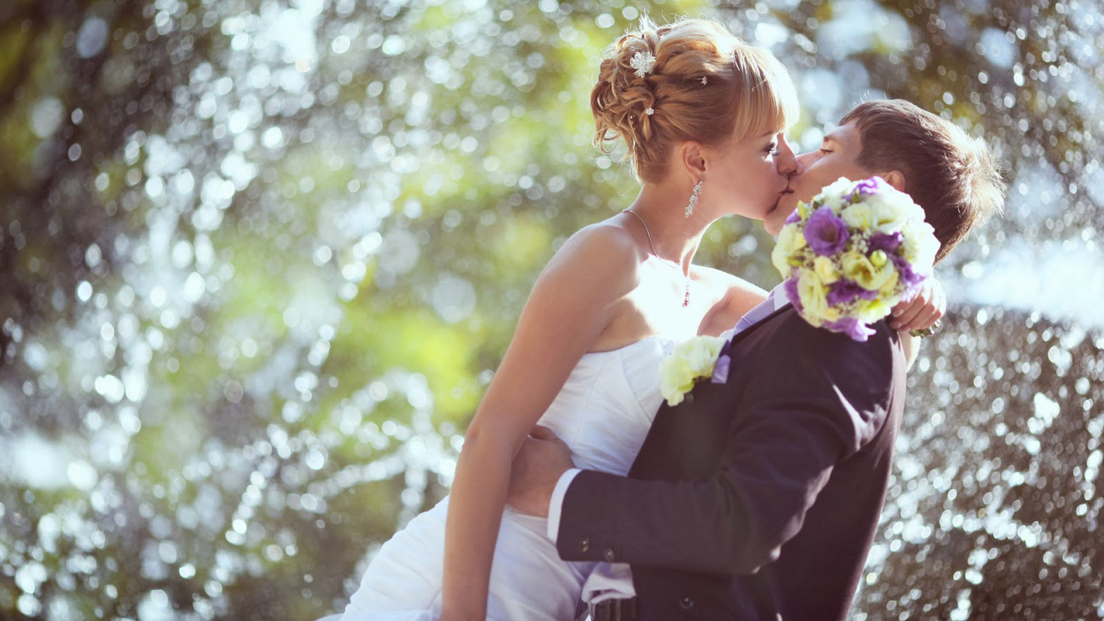 weddings couple first kissing hd wallpaper 1080p 21a