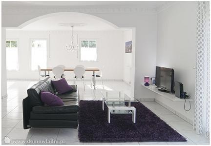 Decoracion De Interiores En Blanco. Dormitorio Blanco Detalle Con ...
