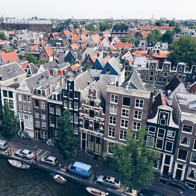 oudekerk-view-amsterdam