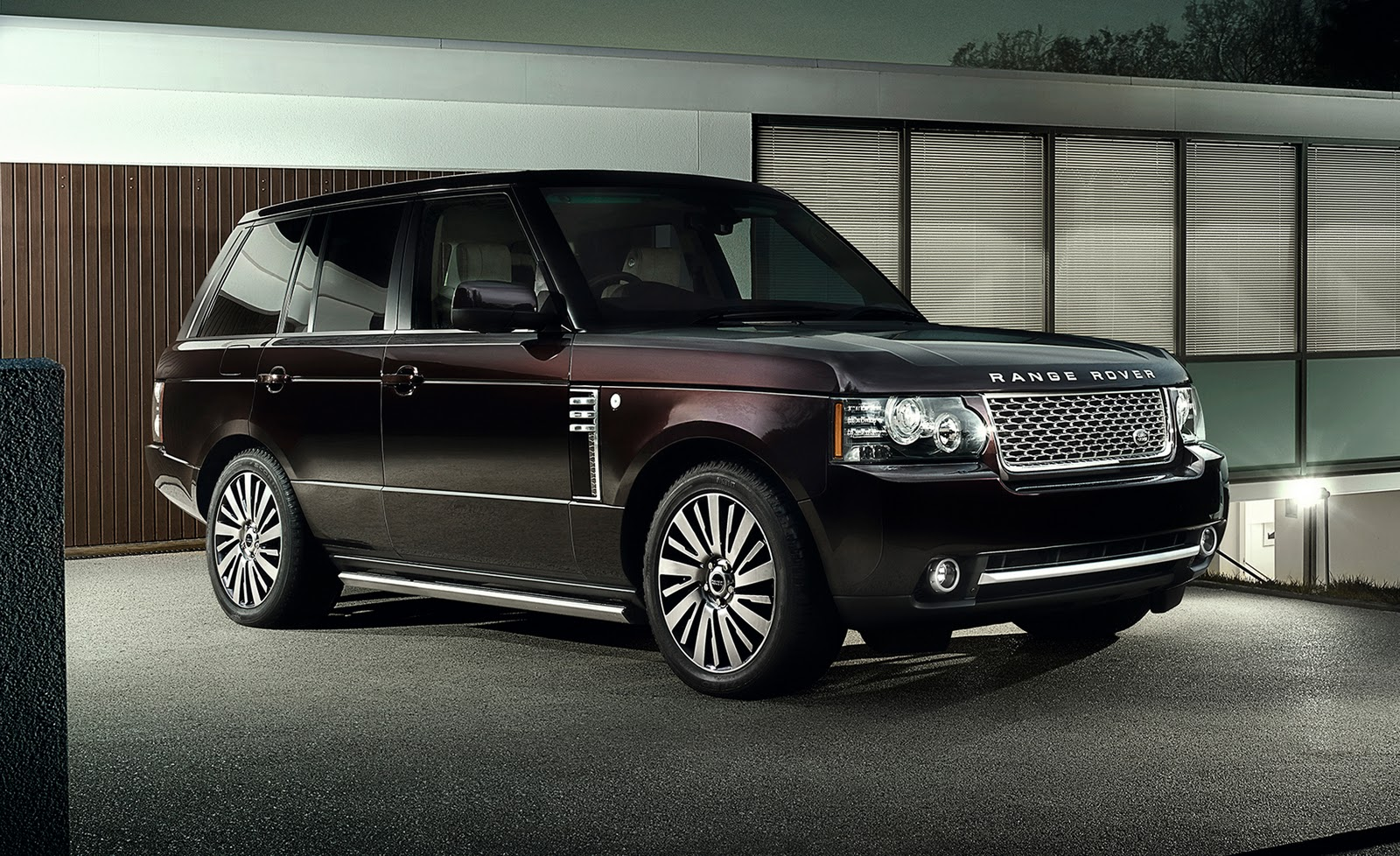 2011 range rover autobiography ultimate edition sport. Black Bedroom Furniture Sets. Home Design Ideas