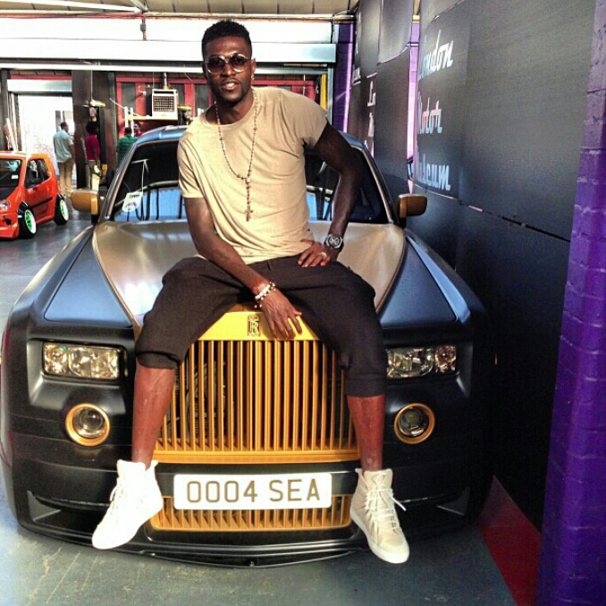 Emmanuel Adebayor Flaunts Mansion House  Cars  amp  Private Jet On    Emmanuel Adebayor House