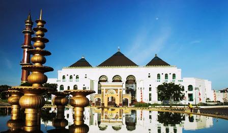 Tempat Bersejarah di Indonesia - Masjid Agung Palembang