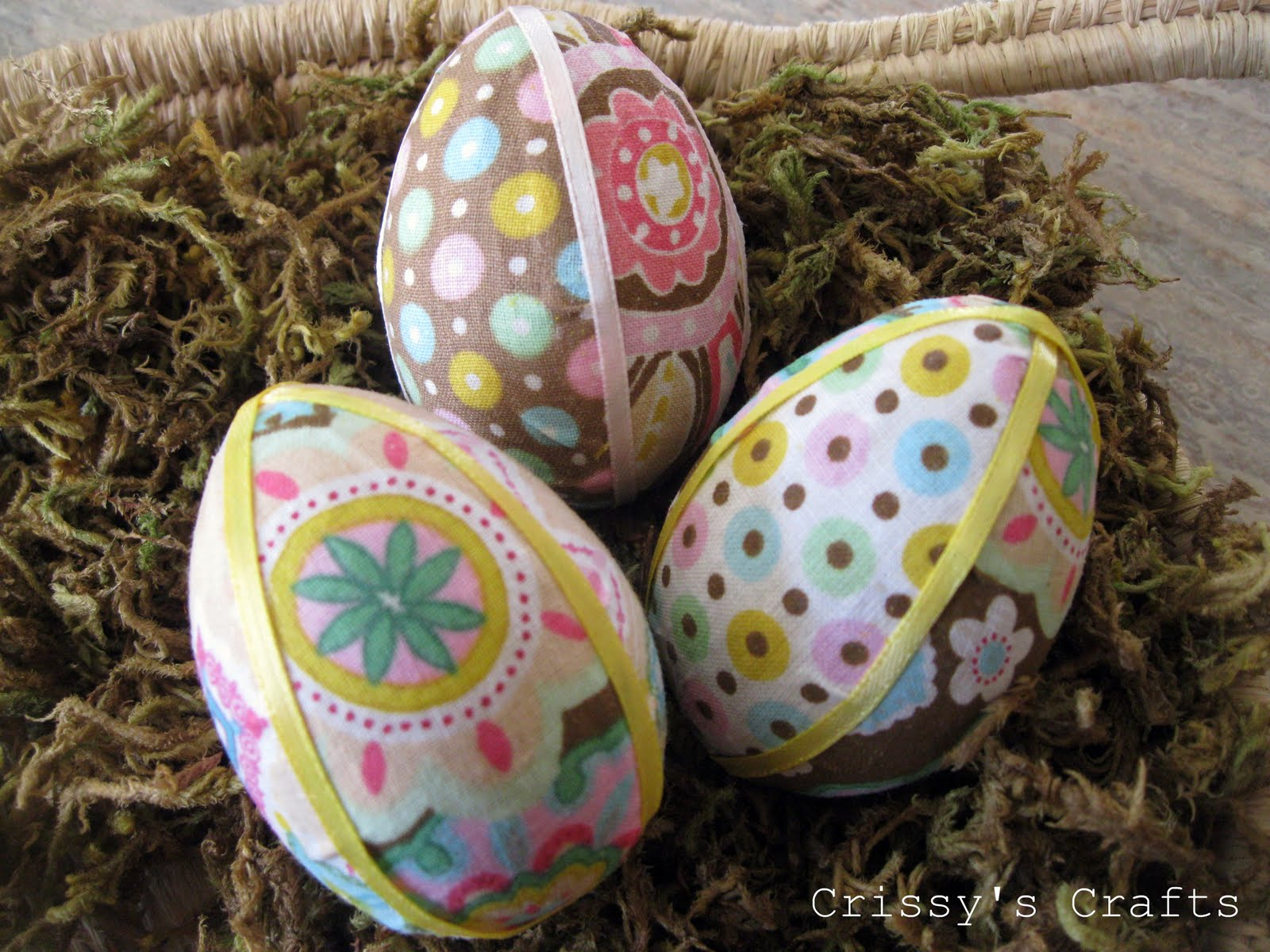 Crissy s crafts fabric easter eggs
