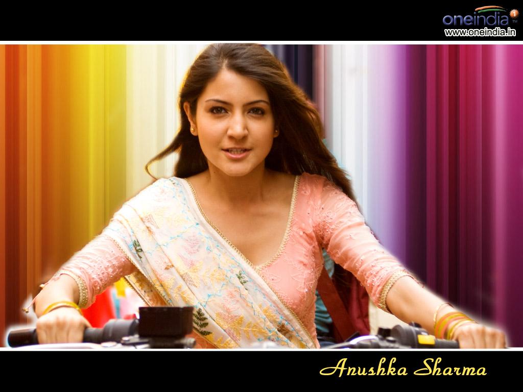 Anushka Sharma10 0