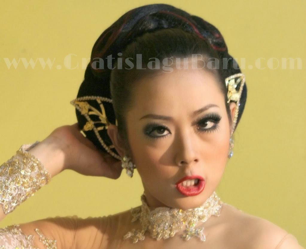 Download Lagu Soimah D'Academy Woyo Woyo MP3