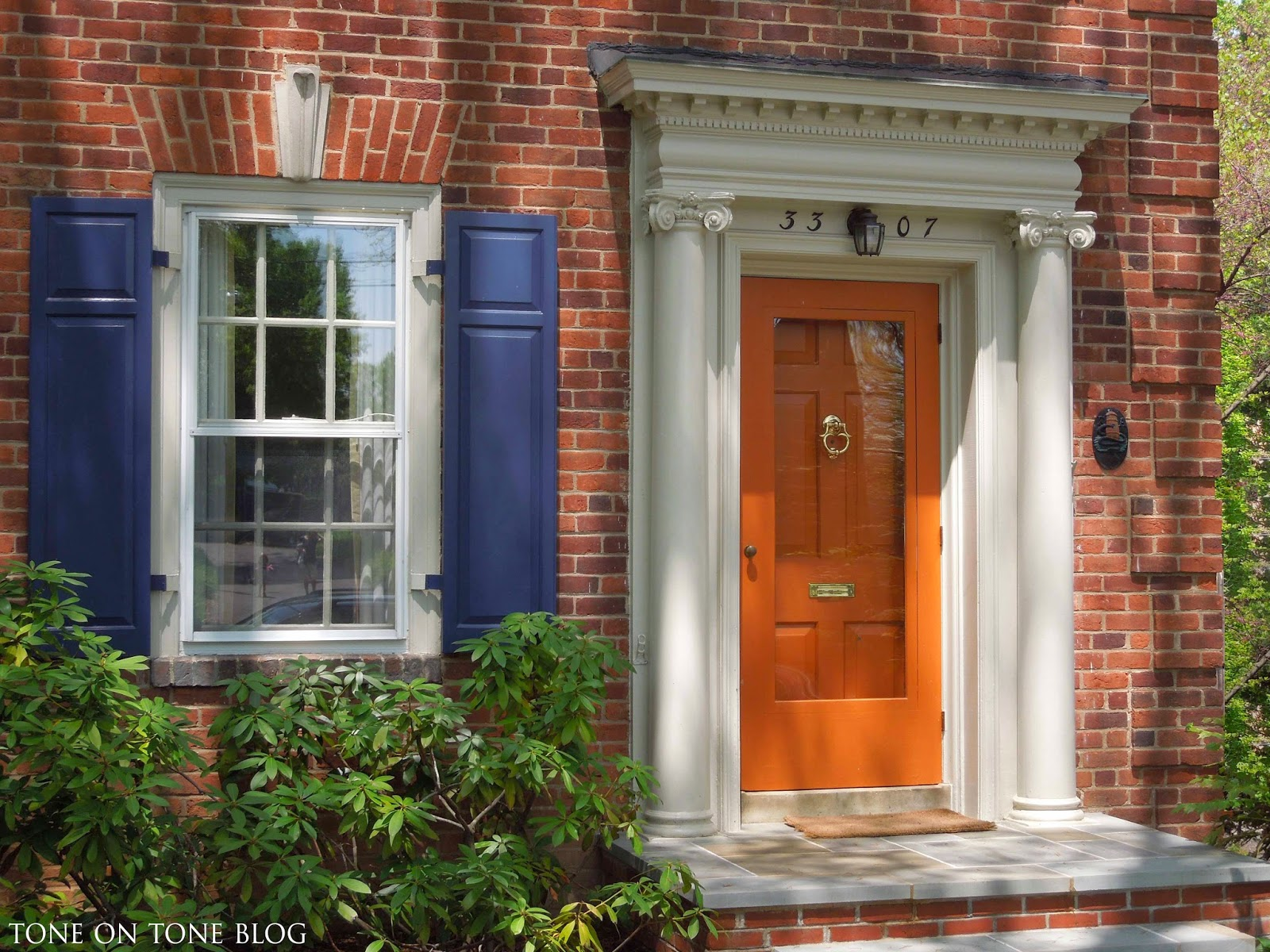 Tone on tone storm doors ideas and inspirations - Front door color ideas inspirations can use ...