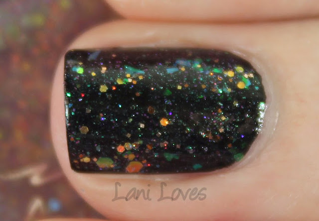 Femme Fatale Cosmetics - Unwoven Light Nail Polish Swatches & Review