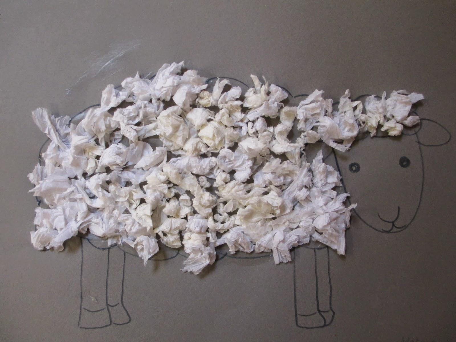 Kinder basteln Schafe