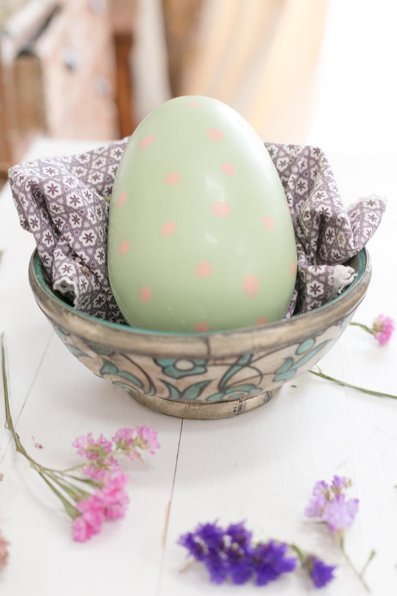 como-hacer-huevos-de-pascua-de-chocolate