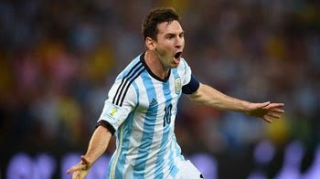 الأرجنتينى ليونيل ميسى يفوز بجائزة أفضل لاعب فى مباراة فريقه أمام البوسنة والهرسك