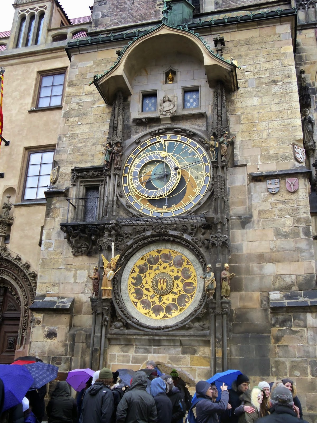 Astronomical Clock Crowd By Day Prague
