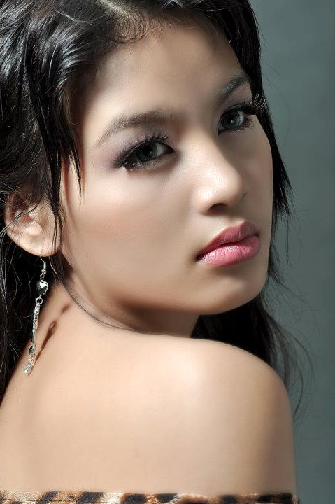 Myanmar Celeb Hot New Face Model May Wa Thone Kyaw