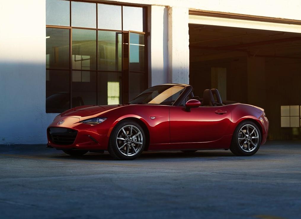 2016 Mazda MX-5 red