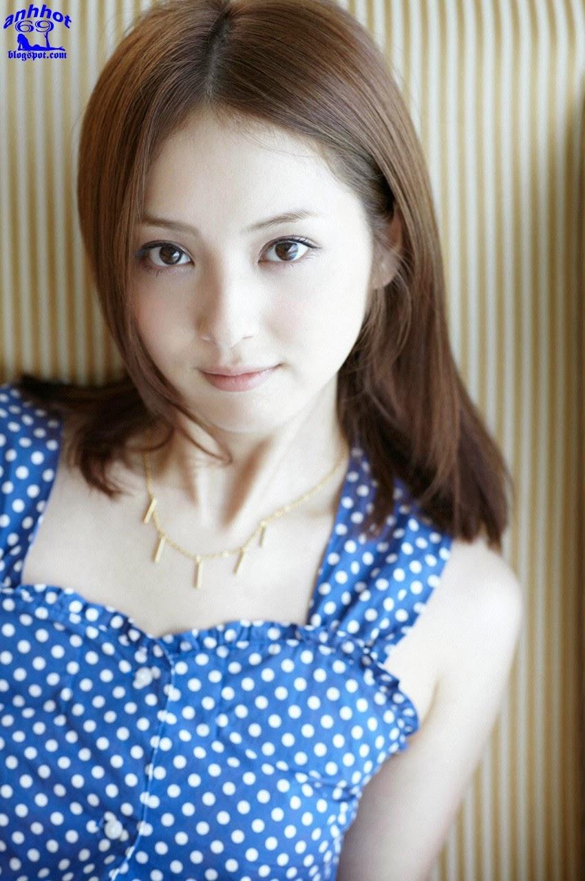 nozomi-sasaki-01141384