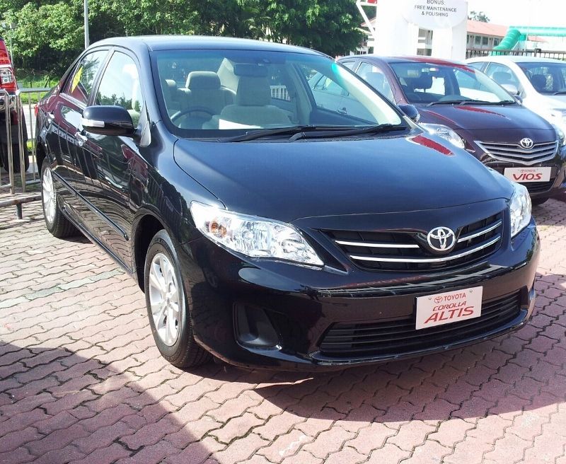 LOOKING FOR A TOYOTA??: TOYOTA COROLLA ALTIS 1.8 AUTO PETROL